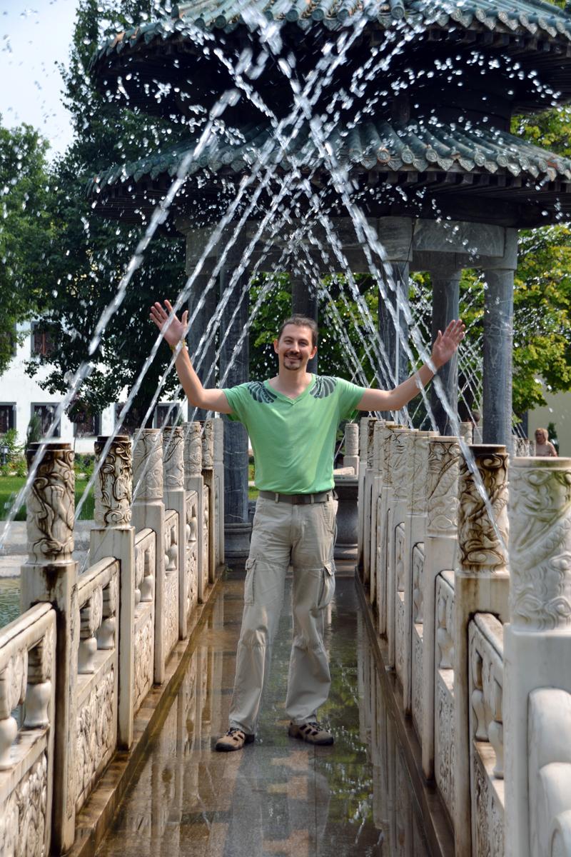 6. Очень красивые фонтаны - это то, что нужно в жаркую погоду!